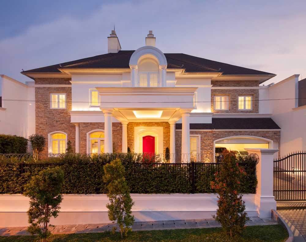 Rumah Mewah Lebih Dari M Arsitag
