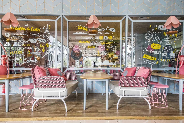 Desain Interior Cafe Mini Ini Sangat Instagrammable Arsitag