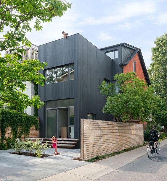 Arsitektur rumah mewah Contrast House di Toronto karya Dubbeldam Architecture + Design [Sumber: design-chronicle.com]