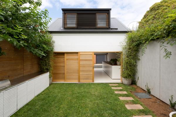 Arsitektur Rumah Mungil Tapi Mewah Dengan Konsep Yang Unik