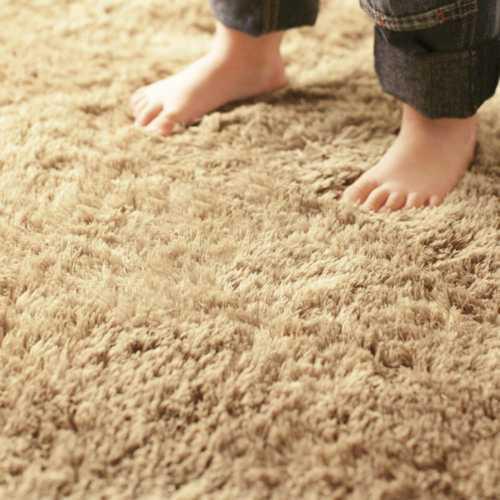 Karpet wol (Sumber: griyaria.com)