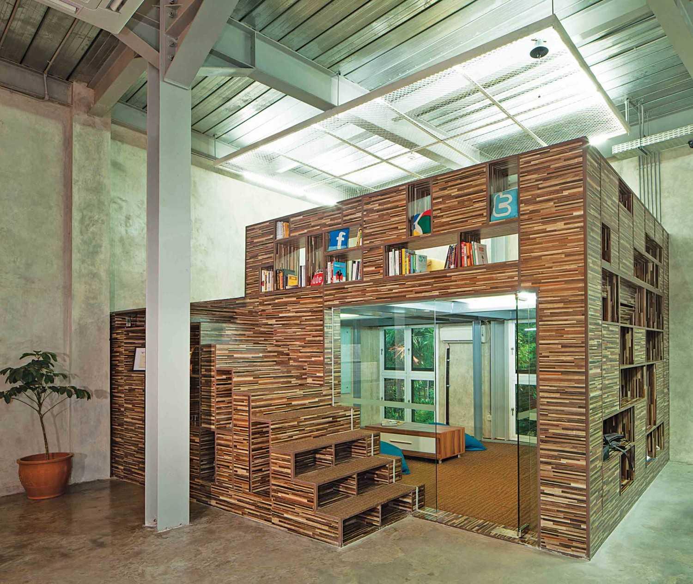 Maverick Interior di Jakarta, karya Jerry M. Febrino (Sumber: arsitag.com)