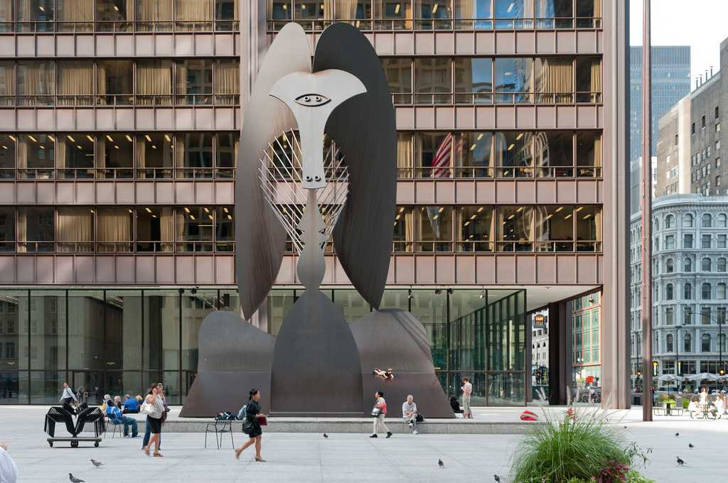 Patung Chicago Picasso di Dalet Plaza, Chicago (Sumber: flickr.com)