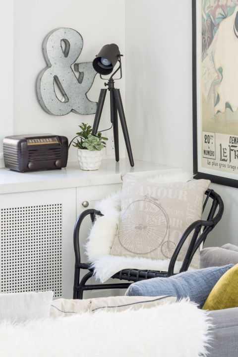 Ruang berwarna putih menciptakan kesan lapang (Sumber: goodhousekeeping.com)