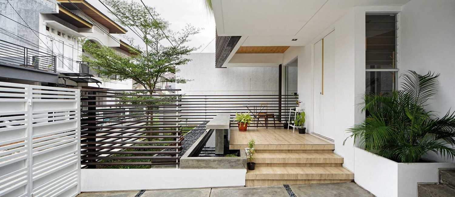 Inset House karya Delution Architect (Sumber: arsitag.com)