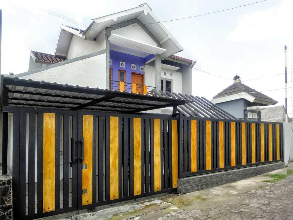 Desain rumah sederhana Rumah Sentralungu (Renovasi) karya studioindoNEOsia [Sumber: arsitag.com]