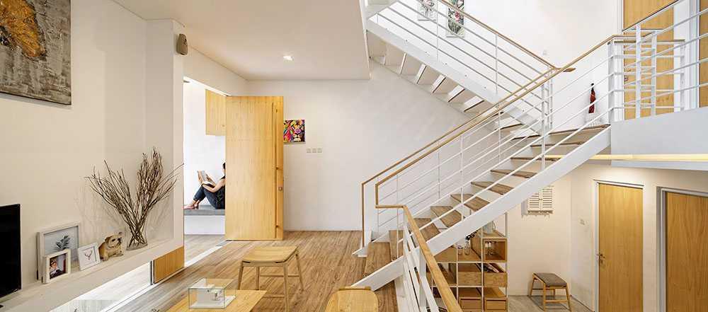 Rumah bergaya Scandinavian Splow House karya Delution Architect [Sumber: arsitag.com]