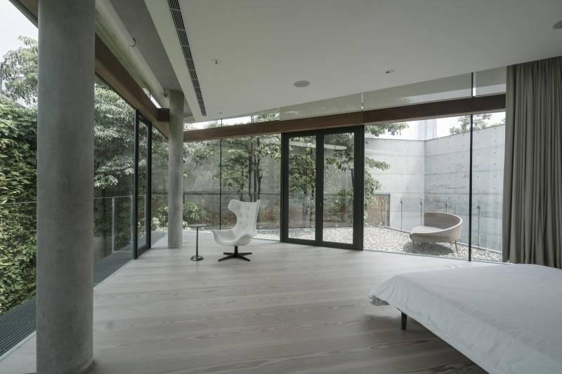 Desain rumah Jepang minimalis JS House karya Antony Liu + Ferry Ridwan / Studio TonTon [Sumber: arsitag.com]
