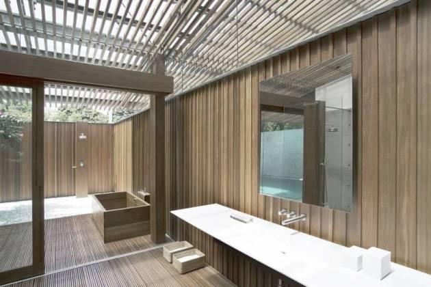 Bak mandi dalam gaya rumah Jepang Bea House karya Antony Liu + Ferry Ridwan / Studio TonTon [Sumber: arsitag.com]
