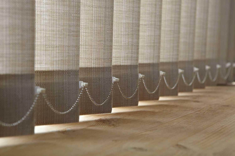 Keistimewaan Vertical Blind | Foto artikel Arsitag