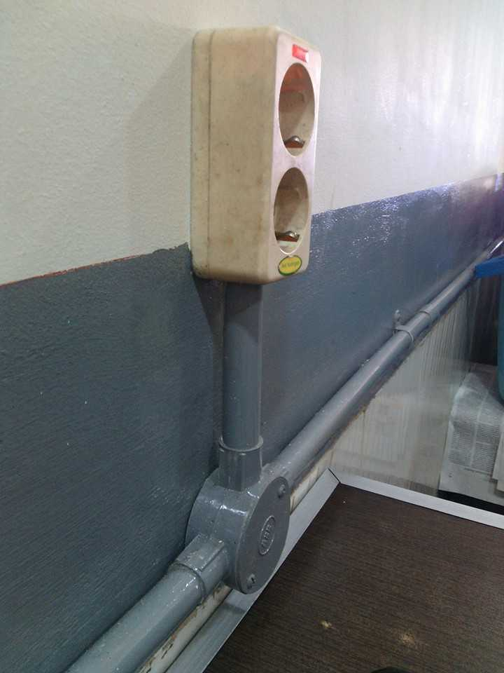 Pipa PVC untuk kabel listrik (Sumber: pasangkabelnya.blogspot.co.id)