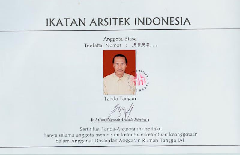 Sertifikat tanda anggota IAI (sumber : arsitekbali.blogspot.co.id)