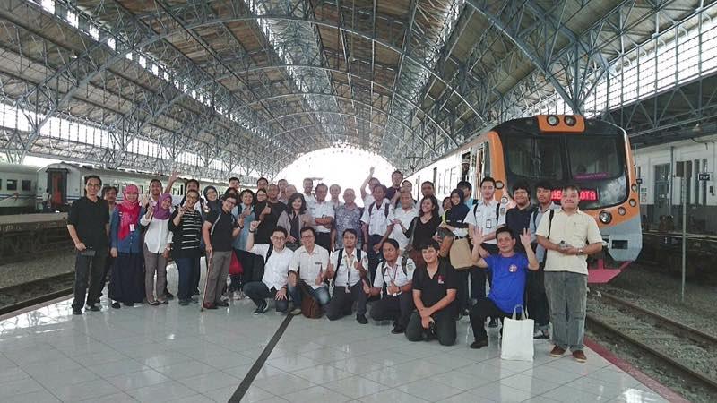 Kegiatan ekskursi IAI Jakarta ke Stasiun Tanjung Priok pada Sabtu, 25 Maret 2017 (sumber : iai-jakarta.or.id)