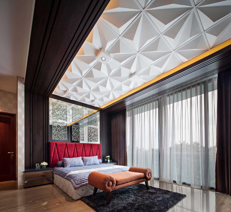 Desain kamar tidur unik di F+W House karya DP+HS Architects [Sumber: arsitag.com]