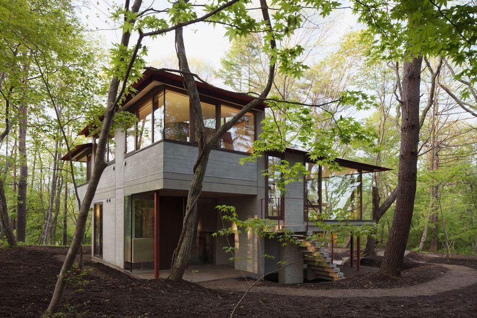 Konsep terbuka pada gaya rumah Jepang Vila Nagano karya Cell Space Architects [Sumber: trendir.com]
