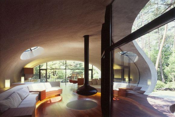 Arsitektur rumah Jepang bergaya organik Shell House karya ARTechnic [Sumber: japlusu.com]