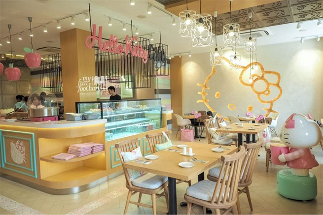 10 Desain  Interior  Cafe  Mini Ini Sangat Instagrammable
