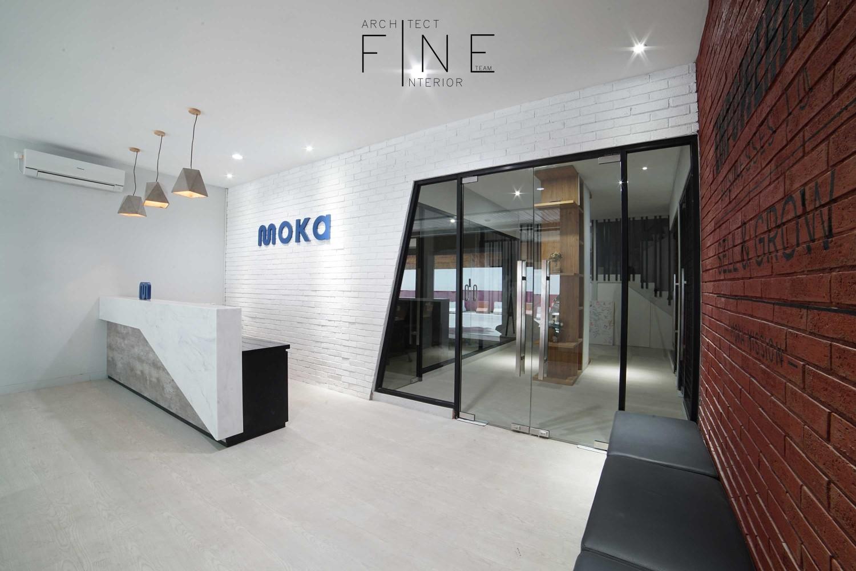Moka Office Karya Fine Team Studio (Sumber: arsitag.com)