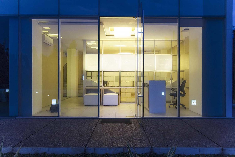 BPB Office Karya Delution Architect (Sumber: arsitag.com)