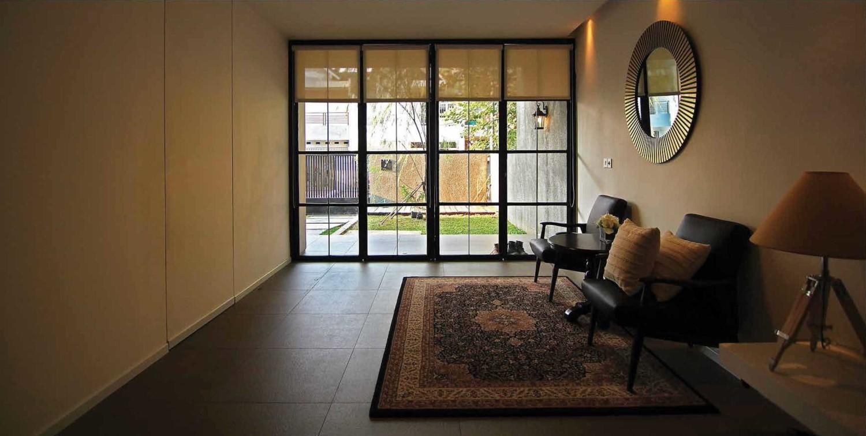 8 Desain Interior Ruang Tamu Cantik dengan Sentuhan Etnik
