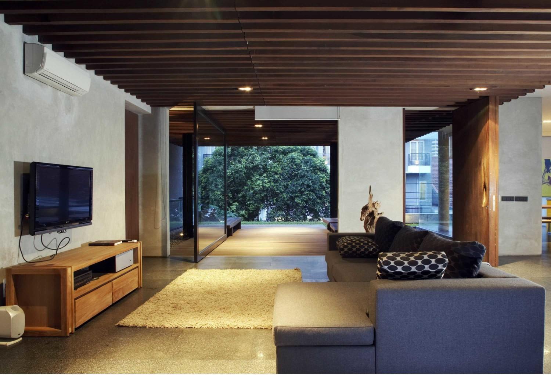 W_House di Tulodong, Jakarta karya Studio Air Putih (Sumber: arsitag.com)