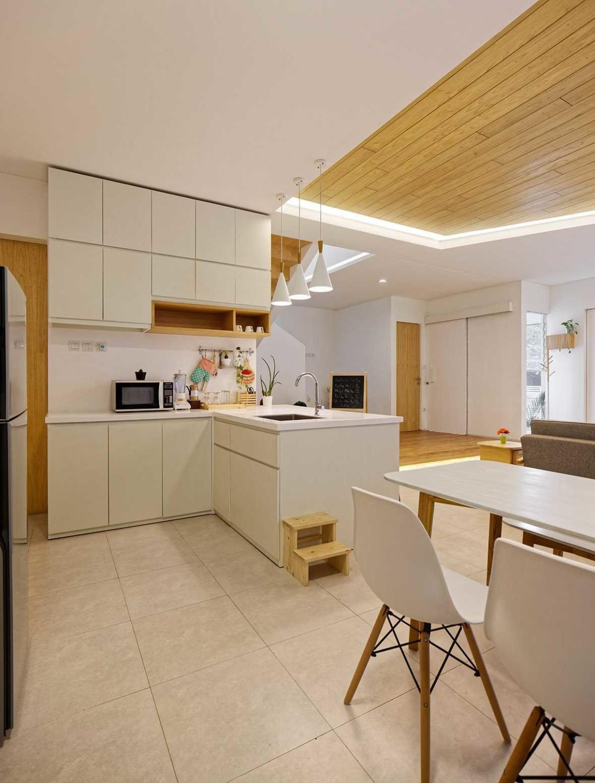 Dapur mewah cantik Scandinavian Inset House karya Delution Architect [Sumber: arsitag.com]