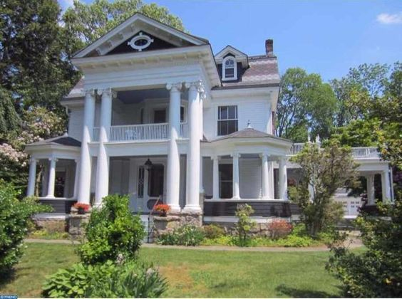 Model rumah early classical revival Hightstown karya George F. Barber [Sumber: oldhousedreams.com]