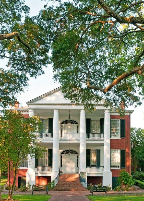 Model Rumah Klasik Idaman Yang Megah Dan Menawan ARSITAG