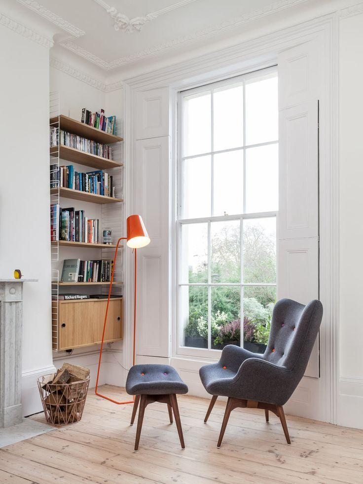 Reading corner (Sumber: pinterest.com)