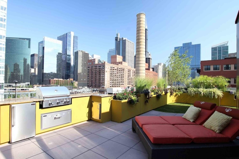 Dapur outdoor pada desain taman rooftop [Sumber: czmcam.org]