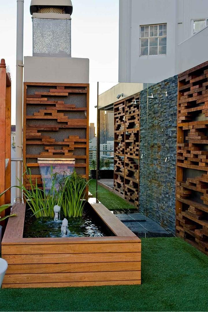 Jenis taman atap dengan elemen air [Sumber: homebeautiful.com.au]