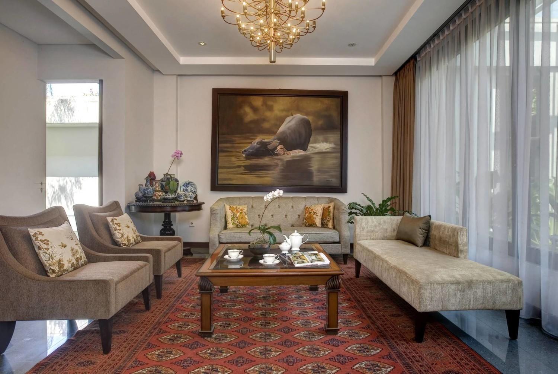 8 Desain Interior Ruang Tamu Mewah Untuk Rumah Klasik Arsitag