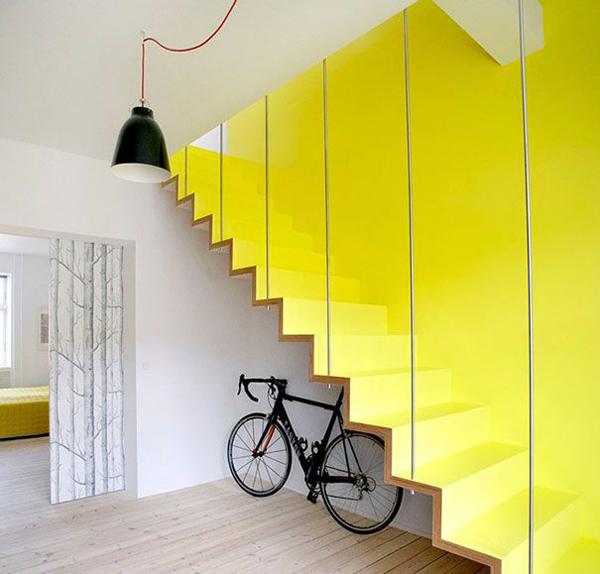 Trik desain tangga rumah [Sumber: decorazilla.com]