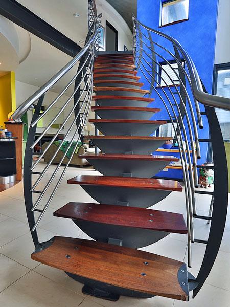 Model tangga rumah bertingkat minimalis yang fantastis [Sumber: de3.com.au]