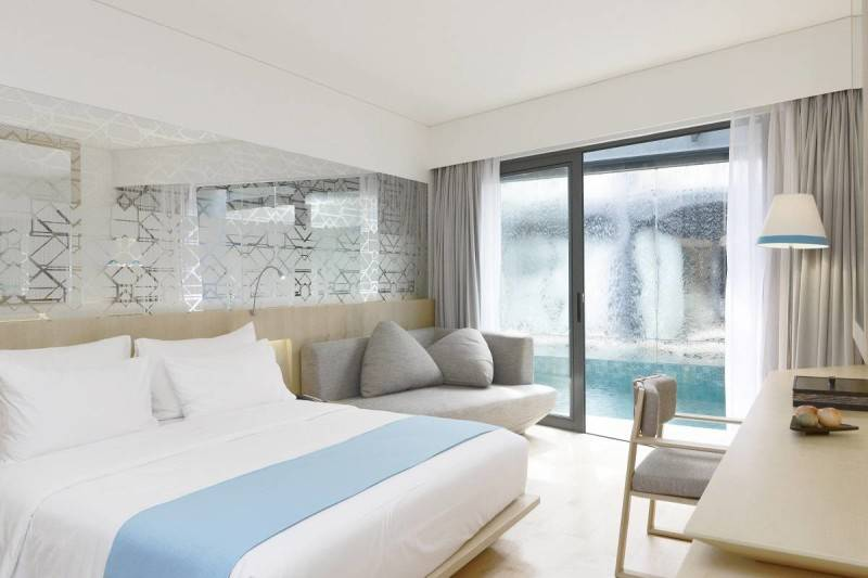 IZE Hotel Karya Antony Liu + Ferry Ridwan / Studio Tonton (Sumber: arsitag.com)