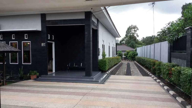 Inspirasi desain carport rumah minimalis yang elegan arsitag