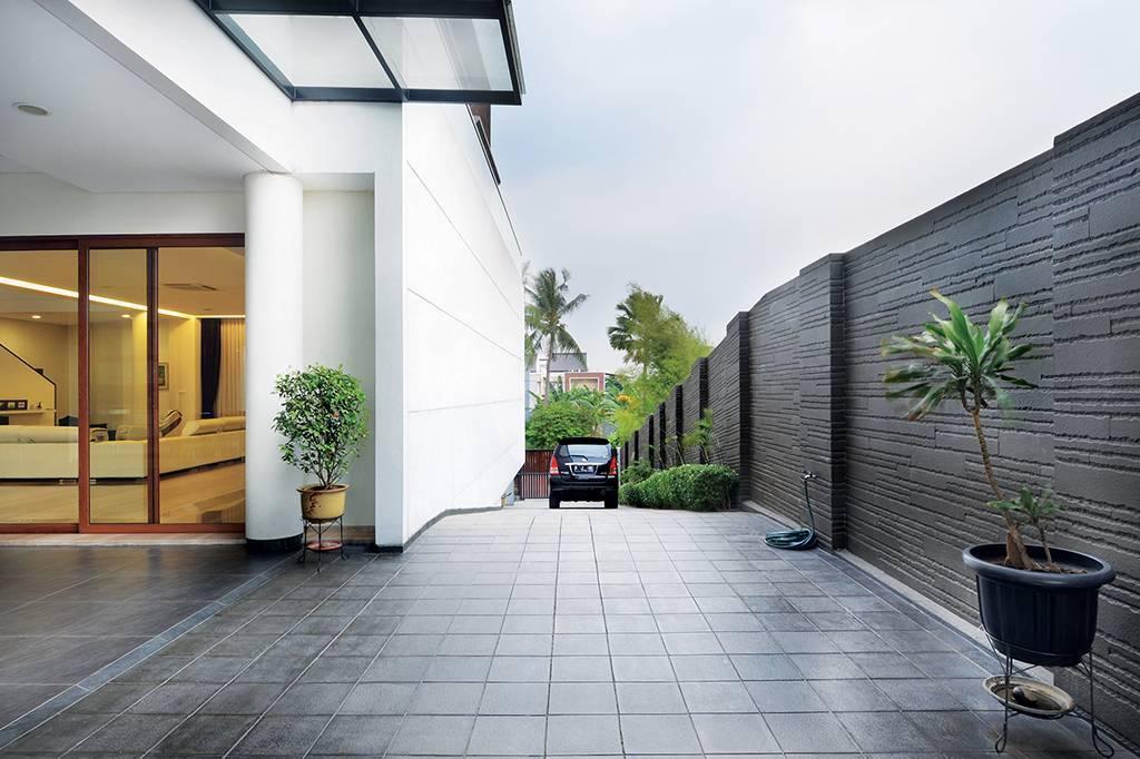 Green Garden House di Jakarta karya Studio Denny Setiawan tahun 2016 (Sumber: arsitag.com)