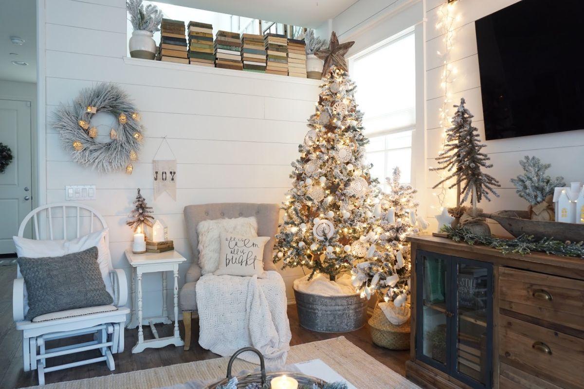 Desain Interior Ruang Keluarga Bertema Natal yang Penuh Kehangatan | Foto artikel Arsitag