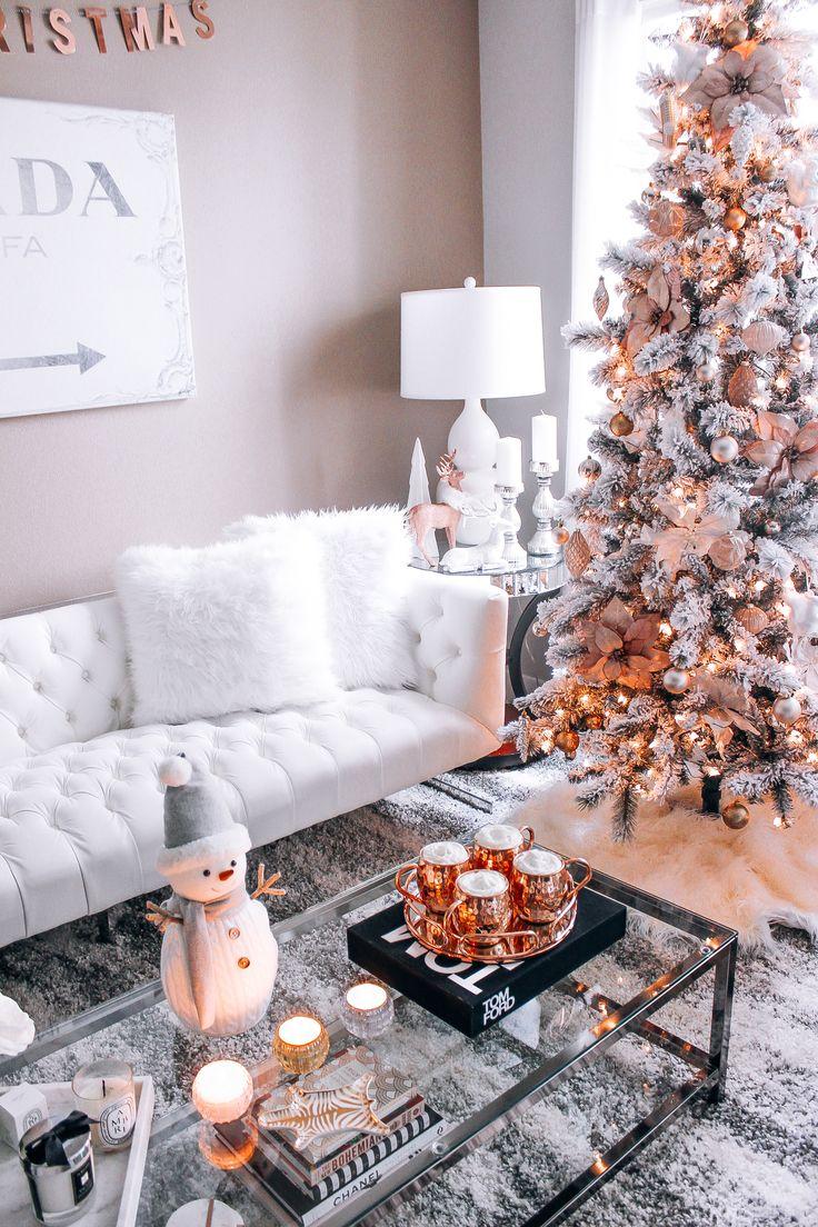 Dekorasi Natal dengan Nuansa Rose Gold (Sumber: Pinterest.com)