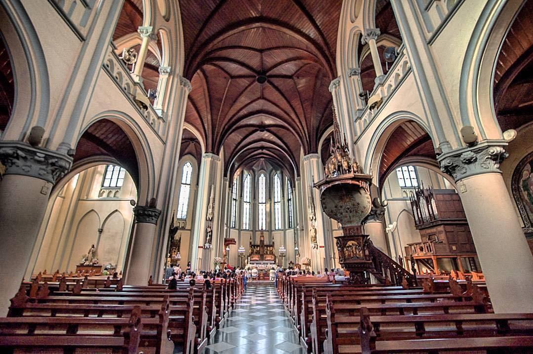 Katedral di Jakarta karya Pastor Antonius Dijkmans, SJ yang diteruskan oleh Marius J Hulswit tahun 1899–1901 (Sumber: dolandolen.com)