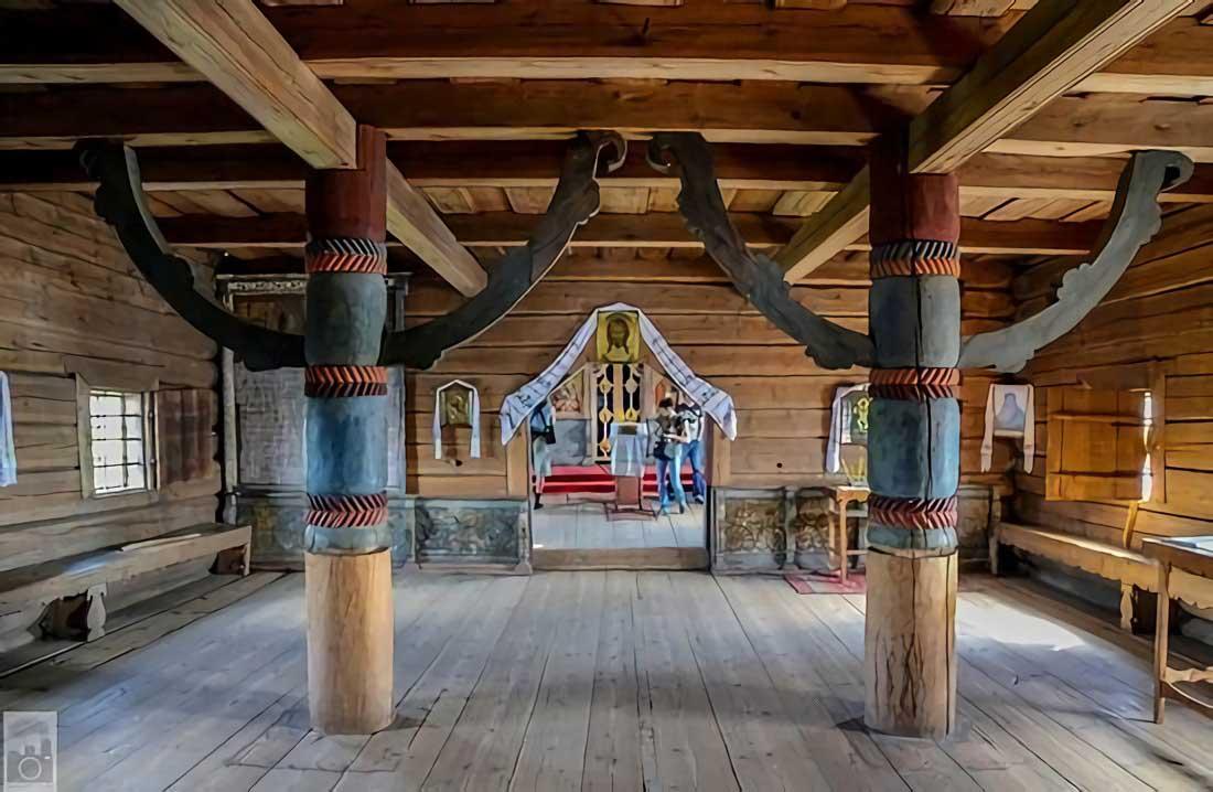 Pilar Kizhi Pogost dari kayu hutan di Keralia (Sumber: pravoslavie)