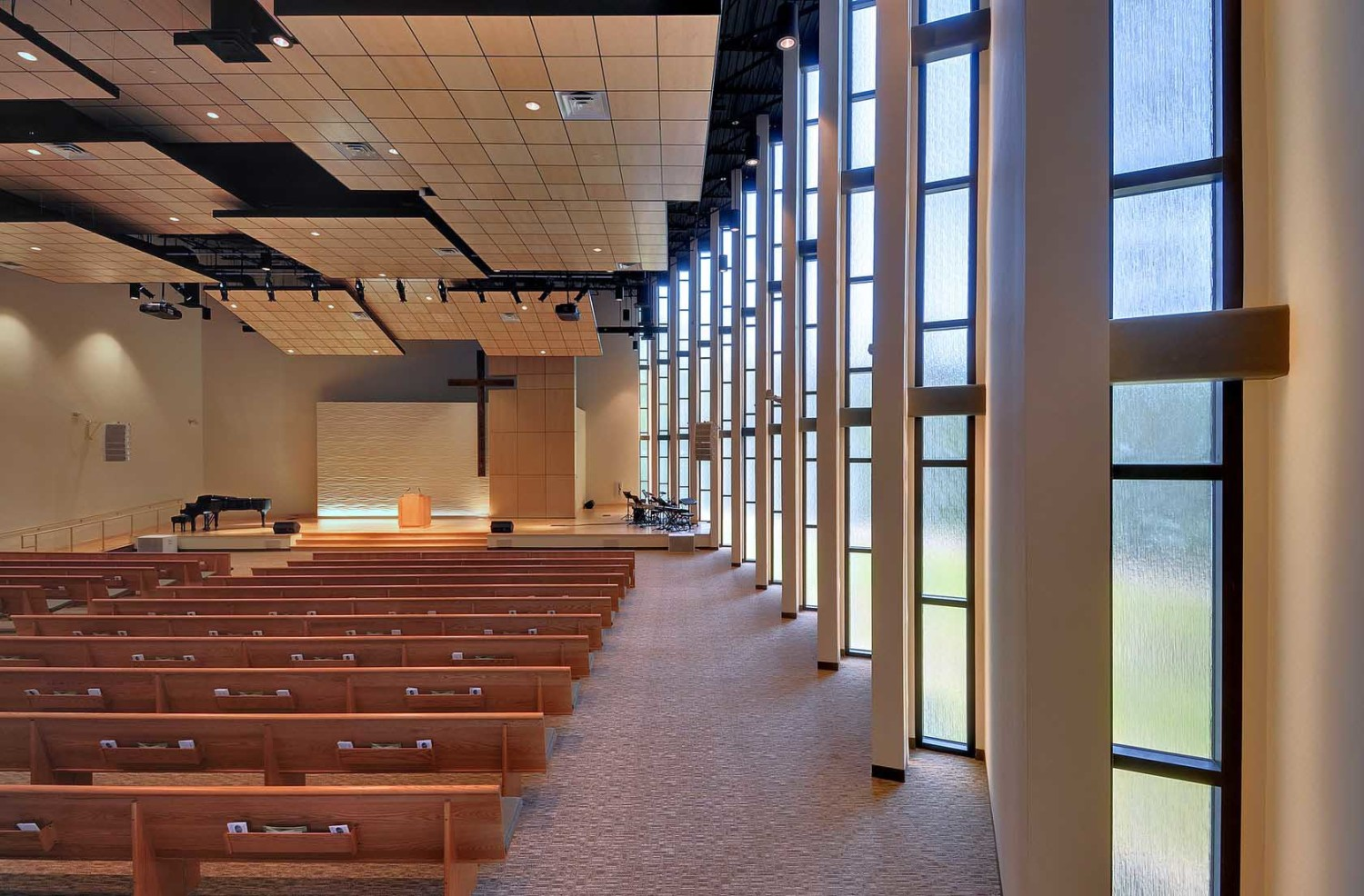 Korean Presbyterian Church di New Jersey, Amerika karya Arcari dan Iovino Architects (Sumber: architizer)