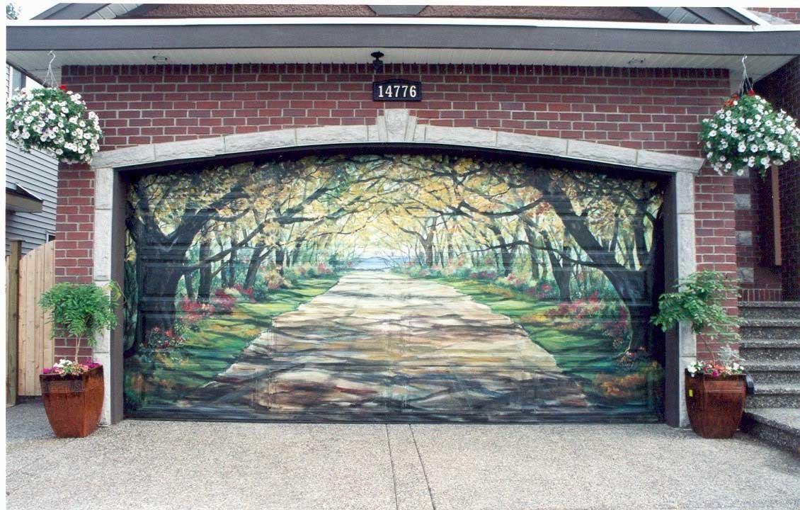 Pintu Garasi Lukis (Sumber: tuxonice.net)