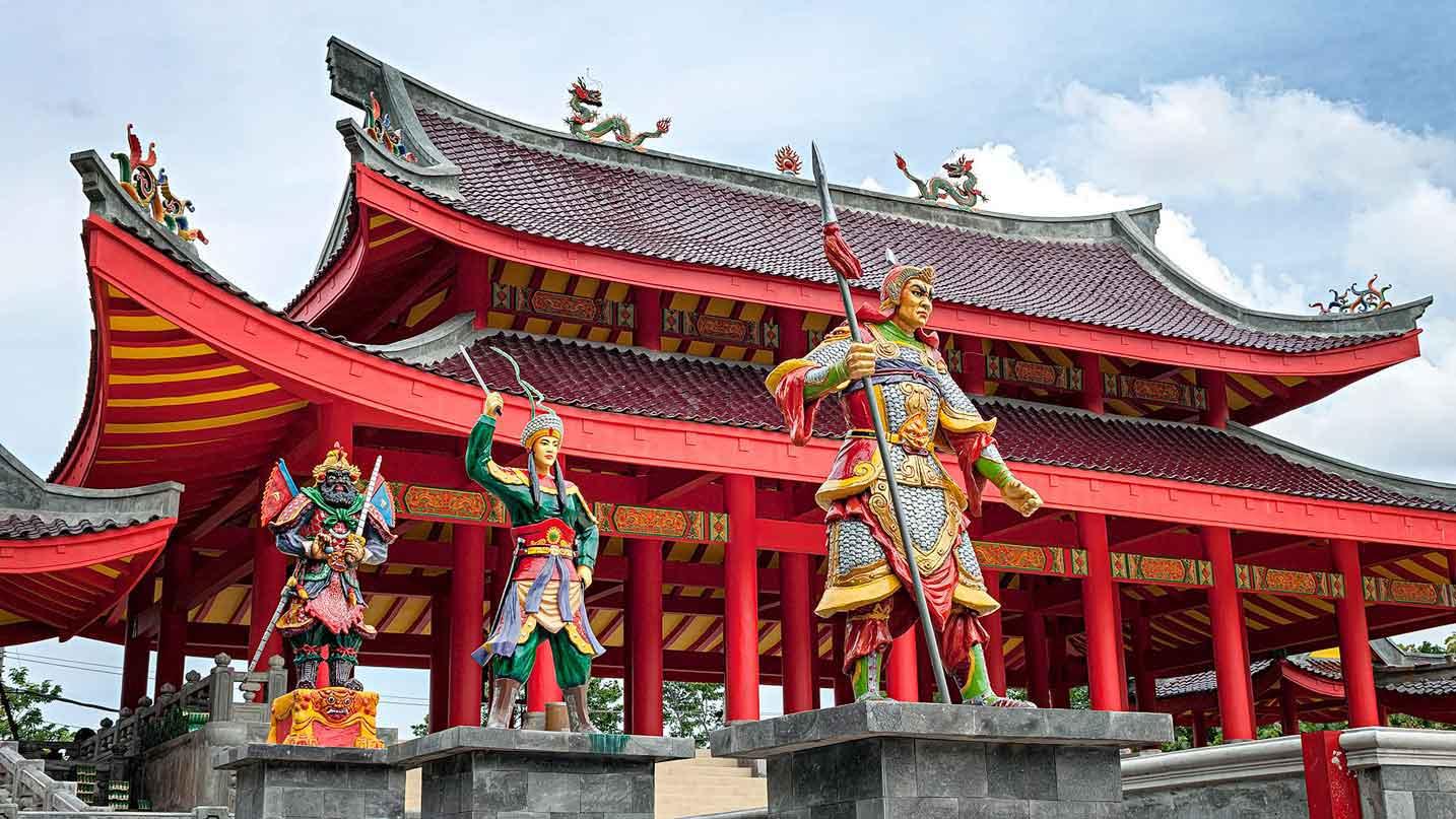 Kelenteng Sam Po Kong , bangunan bersejarah sebagai tanda penghormatan terhadap jasa Laksamana Cheng Ho (Sumber: vacationbaliindonesia.com)
