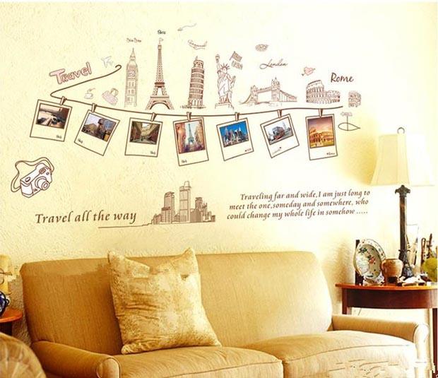 Foto-foto perjalanan keliling tempat wisata disusun sesuai waktu perjalanan (Sumber: tokopedia.com)