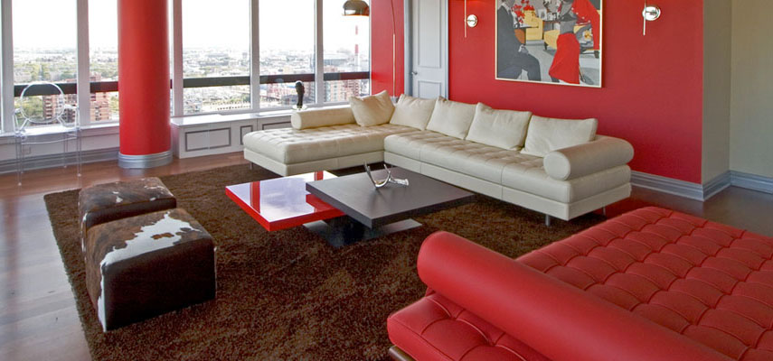Ruang Tamu dengan Nuansa Merah