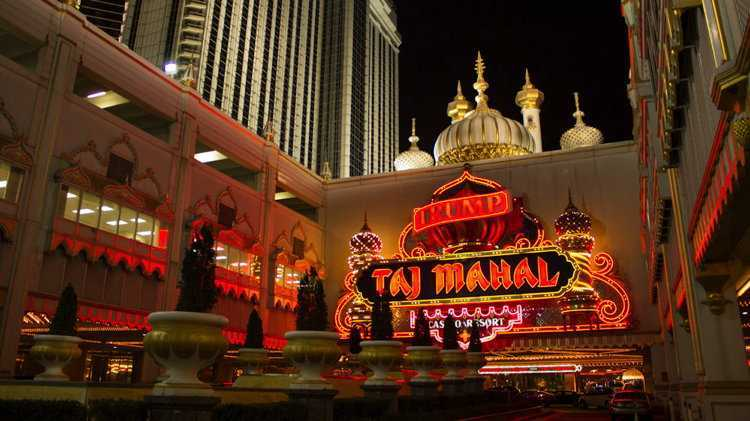 Trump Taj Mahal Casino Resort (Sumber: www.hotelnewsresource.com)