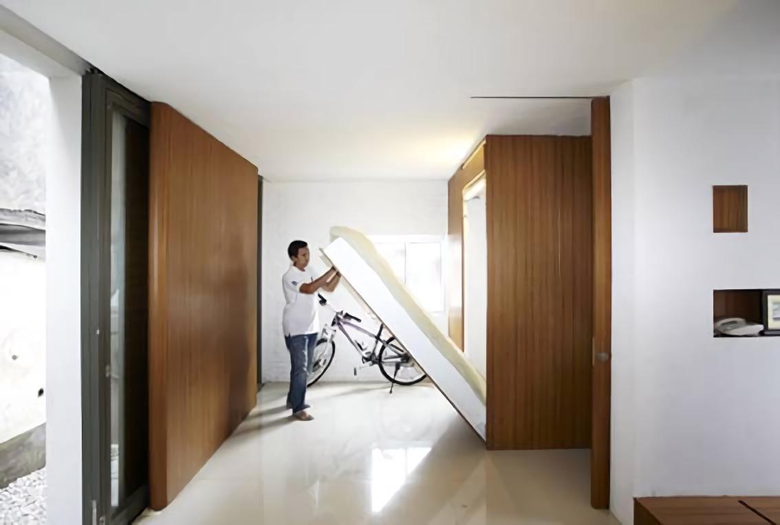 Compact House di Jakarta karya Sontang M Siregar tahun 2012 (Sumber: arsitag.com)